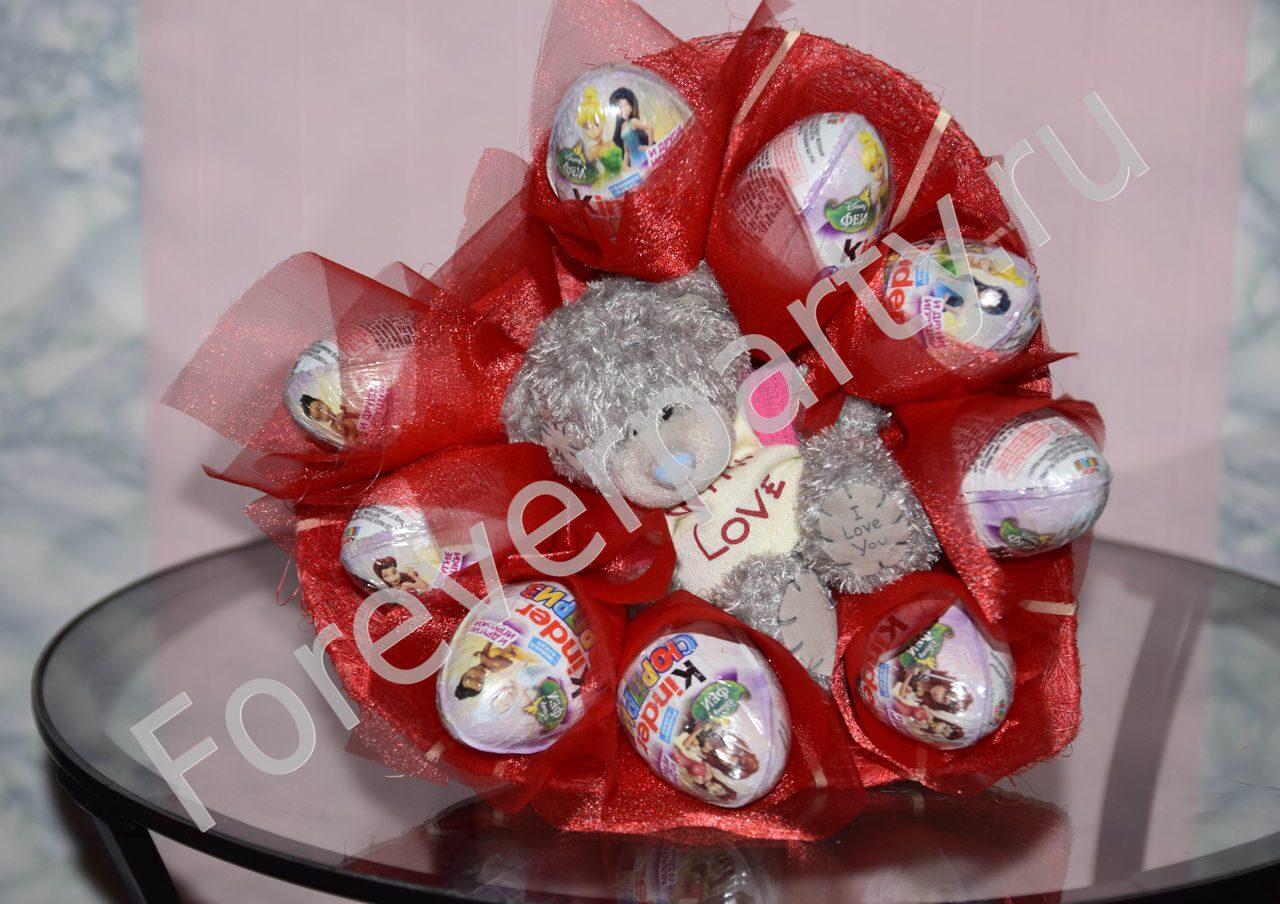 Подарок из конфет ребенку на новый год своими руками